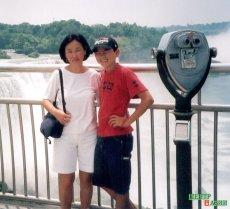 Chaizu with her son Dalai at the Niagara Falls; Brian photographed them.