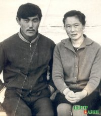 Chaizu's parents - Suvan-ool Sendizhapovich and Alexandra Khovalygovna. Village Eilig-Khem, early 70's.