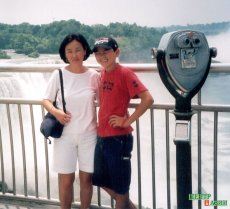 Chaizu with her son Dalai at the Niagara Falls; Brian photographed them.