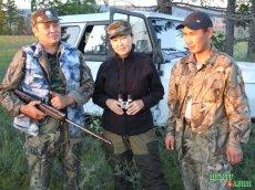 On a raid.  Chaizu Kyrgys with Kherel Sunduy and Mergen Danzyn-ool. Balgazyn preserve. August 21, 2010.