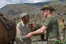Tuvan herder who received a present from Putin came to his support at the Kyzyl meeting